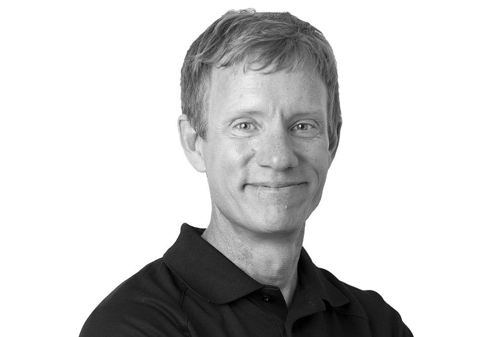 Dr Darren Plett